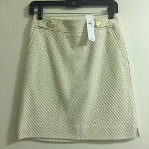 Ann Taylor Cream Skirt (Size 0)